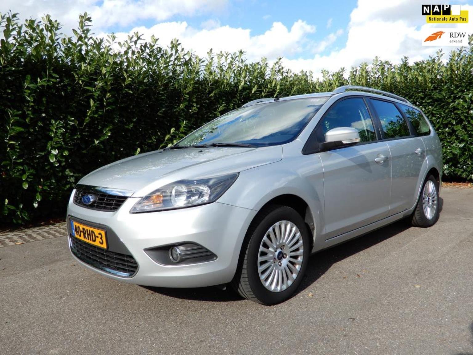 Ford-Focus-0