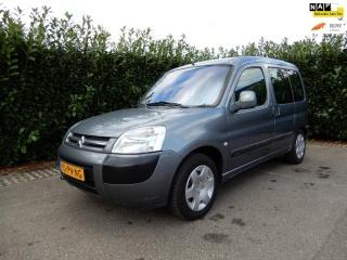 Citroën-Berlingo-thumb