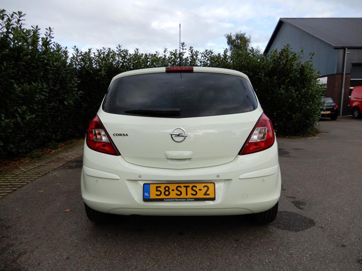 Opel-Corsa-4